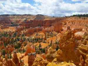 A closer view of the Bryce Canyon Amphitheater