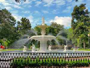 The fountain in Forsyth Park was beautiful