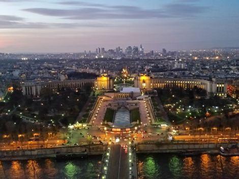 A Paris night